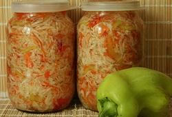 Капуста с болгарским перцем и морковью на зиму.