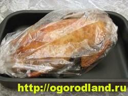 Утка фаршированная грибами и картошкой, запеченная в духовке 5