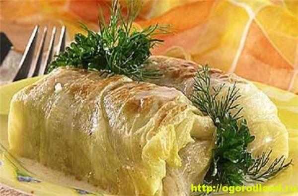 Голубцы. Рецепт голубцов с картошкой под грибным соусом 1