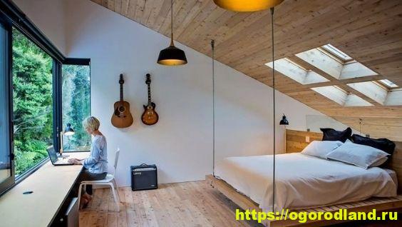 Как обустроить функциональную мансардную спальню?